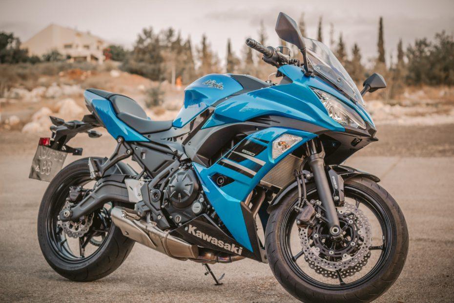 bike engine machine motorcycle 595808 930x620 - Opony motocyklowe - kompendium wiedzy